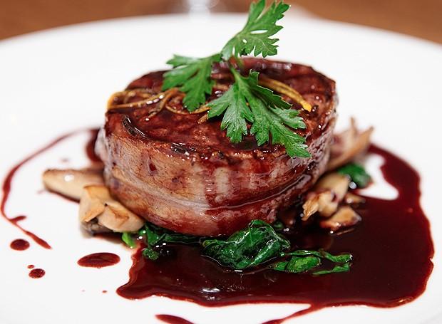 Demi-glace com carne vermelha (Foto: ThinkStockPhotos)