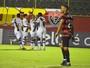 Roger Flores elogia a coragem de  Milton Mendes em goleada do Vasco