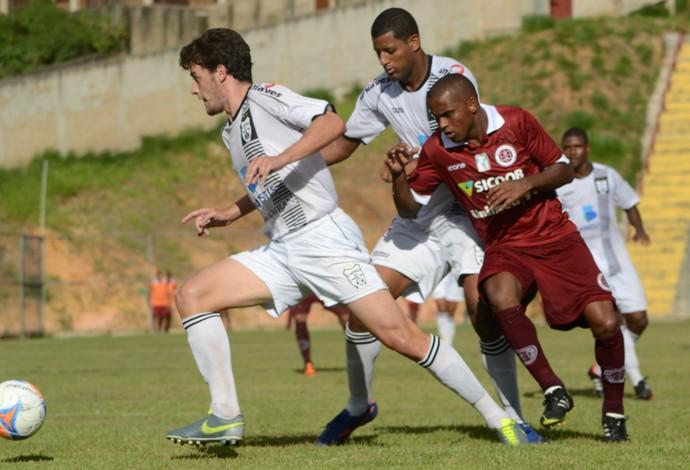 Campeonato Capixaba 2014: Castelo x Desportiva Ferroviária (Foto: Henrique Montovanelli/Desportiva Ferroviária)