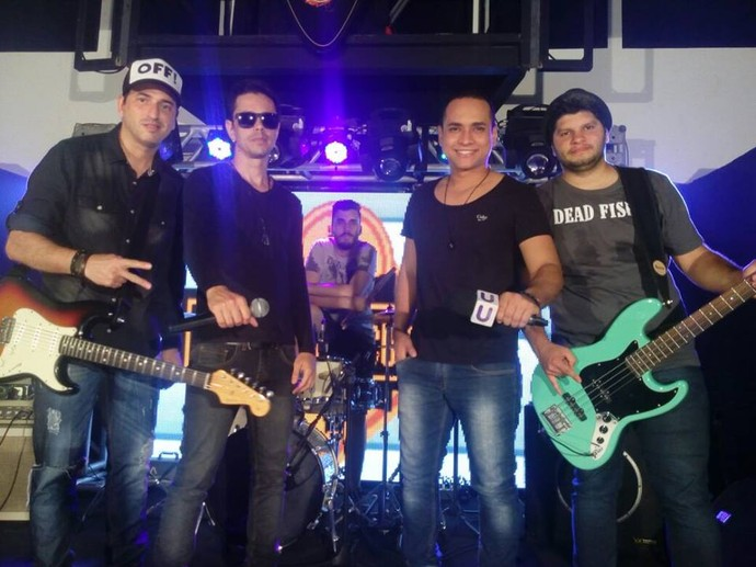 Banda Mary Joe no palco do Garagem Acústica (Foto: TV Sergipe)
