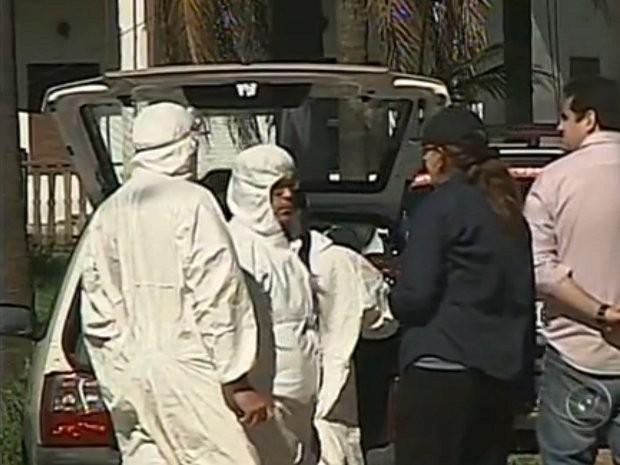 Agentes da Coordenadoria de Defesa Agropecuária entraram no haras com o apoio da Polícia Ambiental (Foto: Reprodução/TV Tem)