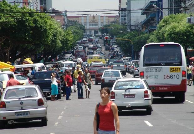 Avenida Eduardo Ribeiro, Centro de Manaus (Foto: AVG/Rede Amazônica)