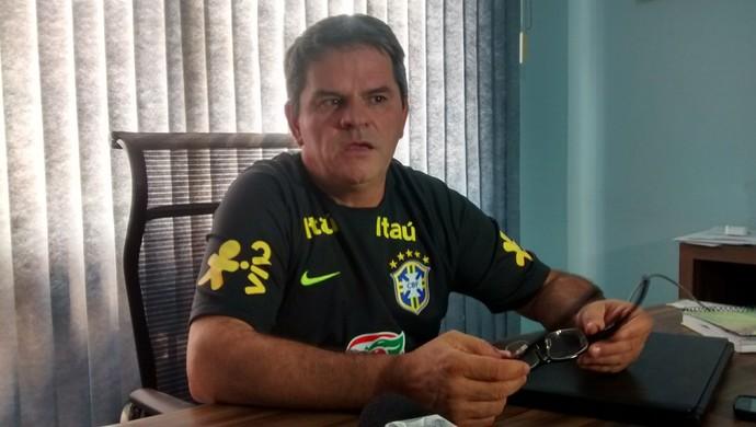 Helmute Lawisch presidente da Federação Mato-grossense de Futebol (Foto: Robson Boamorte)