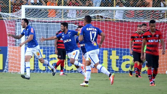 12282a8cb9 Vitória x Cruzeiro - Campeonato Brasileiro 2016 - Ao vivo ...