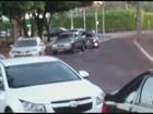 Em dia de fúria, motoristas batem carros de propósito em Ribeirão; veja