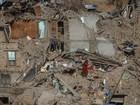 Número de mortos no terremoto do Nepal supera 7,5 mil