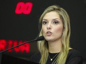 Janaína Riva poderá trocar de partido sem perder o mandato na ALMT (Foto: Marcos Lopes / ALMT)
