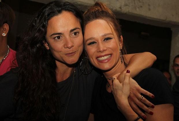 Alice Braga e Mariana Ximenes (Foto: Agnews)