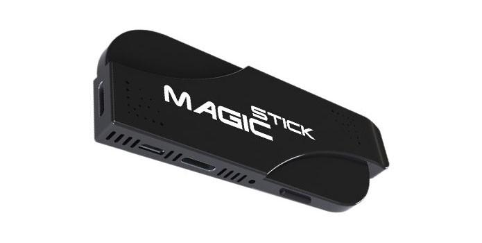 MagicStick tem 128 GB de espaço interno e absurdos 8 GB de RAM (Foto: Divulgação)