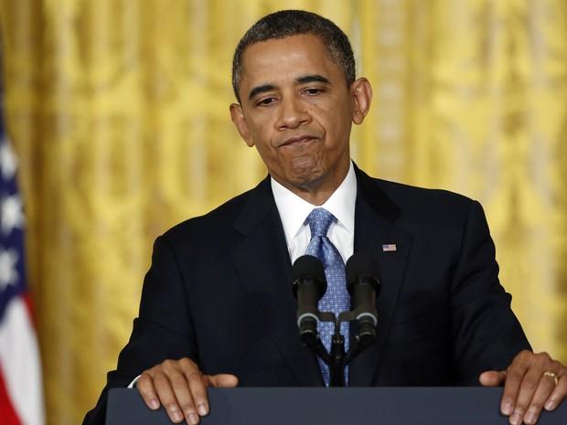 Presidente dos EUA, Barack Obama faz uma pausa durante entrevista coletiva na Casa Branca, em Washington. (Foto: Jonathan Ernst/Reuters)