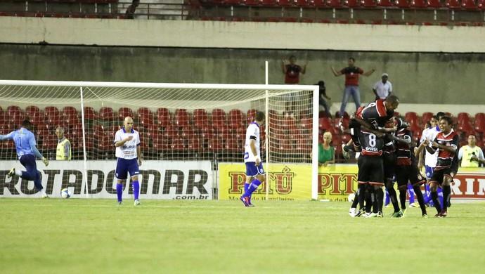 Santa Rita empata o jogo contra o CSA (Foto: Ailton Cruz/ Gazeta de Alagoas)