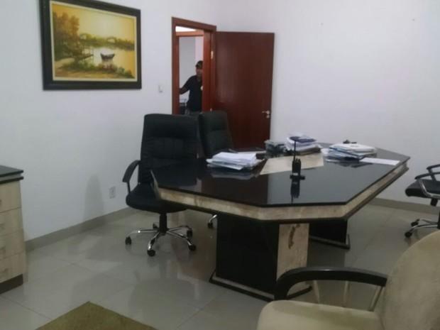 Organização tem um escritório na Avenida Historiador Rubens de Mendonça (Avenida do CPA), em Cuiabá (Foto: Assessoria/Polícia Civil de MT)