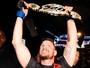 Bisping, Henderson, Reyes e Kim são os premiados da noite no UFC 199