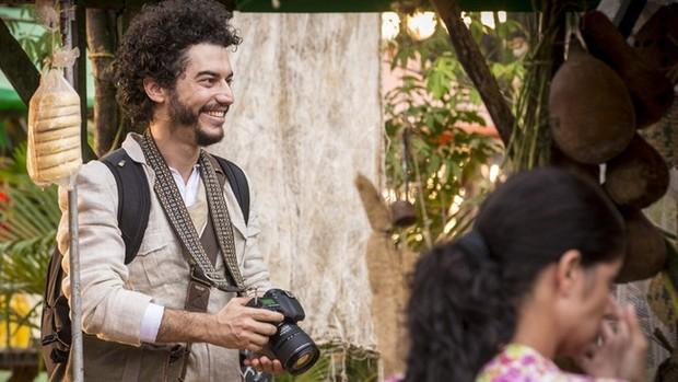 Velho Chico: Martim volta ao Brasil e à fazenda, segunda (Velho Chico)