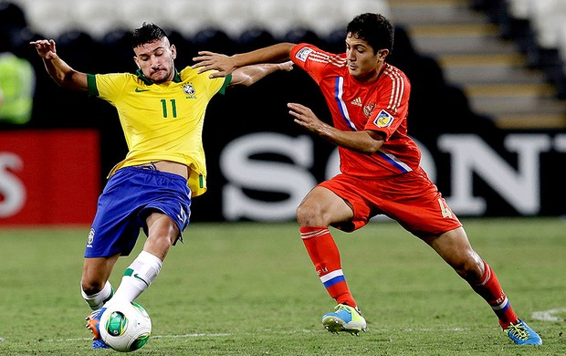 Boschilia jogo Brasil e Rússia  (Foto: AP)