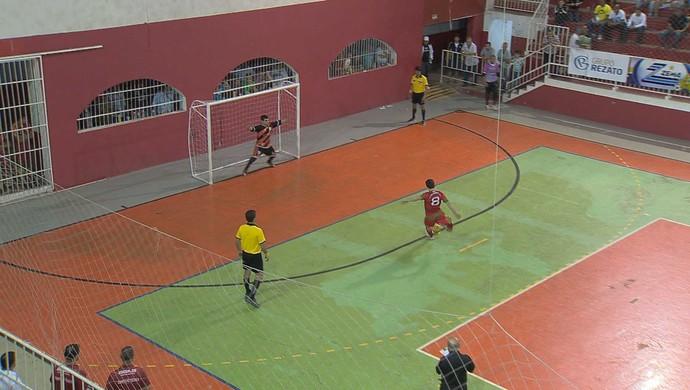 Matias Barbosa Juiz de Fora semifinal Copa TV Integração de Futsal (Foto: Reprodução/ TV Integração)