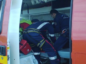 Ciclista atropelado em Barra Velha foi levado para hospital em Joinville (Foto: Corpo de Bombeiros/Divulgação)