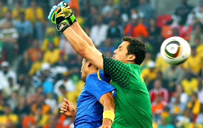 Julio Cesar falha jogo Holanda Copa 2010 (Foto: Getty Images)