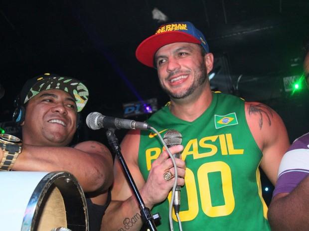 Kléber Bambam em boate no Rio (Foto: Gabriel Rangel/ Ag. News)