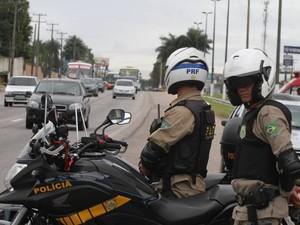 PRF fiscalizou mais de 3 mil veículos no final de semana. Polícia Rodoviária federal BR-316 Pará Ananindeua Rodovia Estrada Belém (Foto: Neldson Neves/ O Liberal)