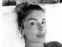 Grazi Massafera posta foto sem maquiagem e recebe elogios de fãs