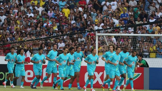 Jogadores treino Seleção Brasil (Foto: Mowa Press)