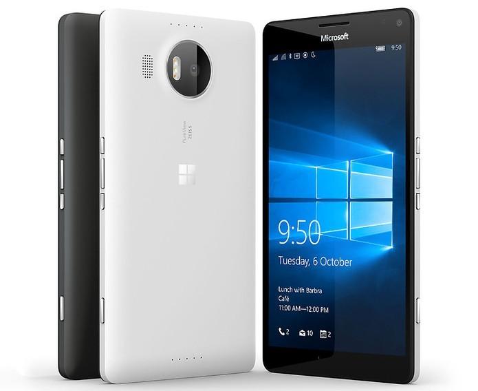 Lumia 950 XL usa sistema que circula água no interior do celular para manter o processador refrigerado (Foto: Divulgação/Microsoft)