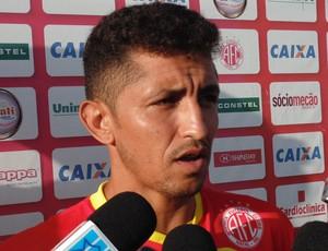 Thiago Potiguar - meia do América-RN (Foto: Alexandre Filho/GloboEsporte.com)