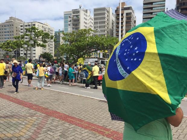 Cerca de 300 participantes estão na Beira-Mar em Florianópolis (Foto: Edivaldo Dondossola/RBSTV)