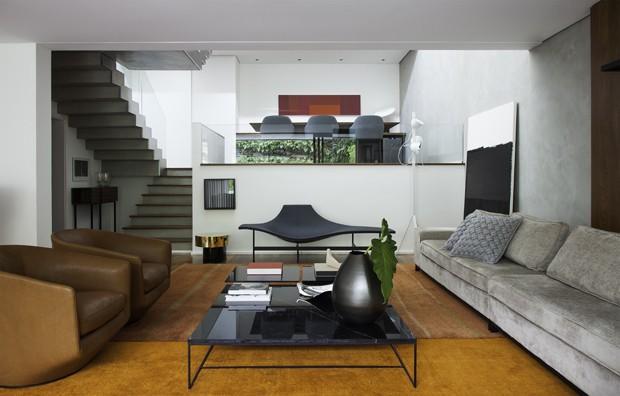Após reforma, casa ganha luz e integração de espaços (Foto: Divulgação)
