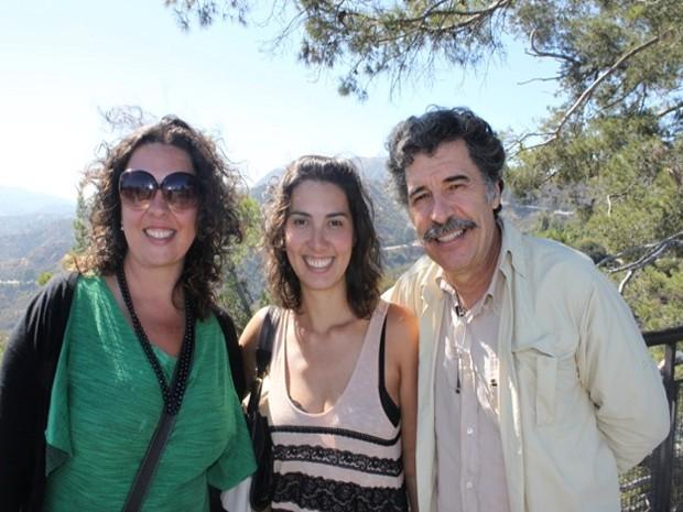 Paulo Betti com as filhas Mariana ( à esquerda) e Juliana ( no centro) (Foto: Arquivo Pessoal)