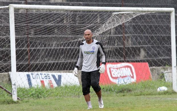 Danilo, goleiro do Treze (Foto: Leonardo Silva / Jornal da Paraíba)