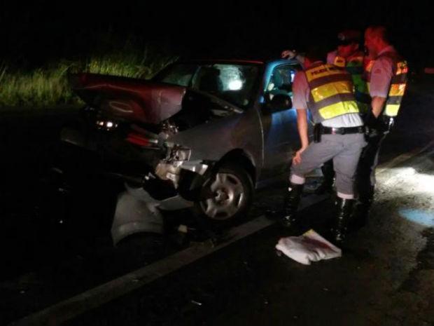 Polícia suspeita que motorista invadiu pista contrária (Foto: Polícia Rodoviária/ Divulgação)
