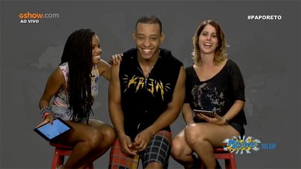 Jeniffer Nascimento, Antônio Carlos e Ana Rios se divertem no #PapoReto (Foto: Malhação / TV Globo)