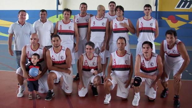 Time de basquete do Campinense que está disputando o Campeonato Paraibano 2012 (Foto: Divulgação)