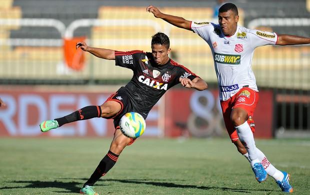 Nixon e Heitor, Flamengo x Bangu (Foto: Fabio Castro/Agência Estado)