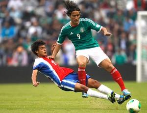 Aldo e Yelsin, México e Costa Rica (Foto: Agência Reuters)