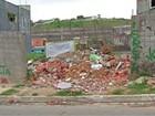 Lixo em ruas e terrenos preocupa moradores do Alto Tietê