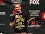 Curtinhas: CM Punk ouve críticas e pede para fã sair de evento do UFC