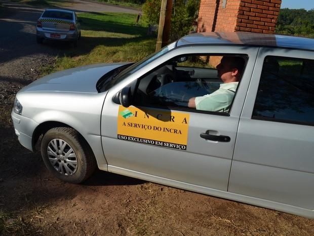 Funcionário do Incra esteve em Piracicaba nesta quinta-feira (30) (Foto: Thomaz Fernandes/G1)