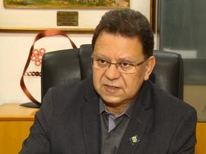 Agnaldo Perugini (PT) alega que o processo de transição tem sido feito conforme a lei. (Foto: reprodução EPTV/Edson de Oliveira)