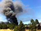 Trem que carregava petróleo descarrila e vagão pega fogo nos EUA
