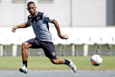 Luis Ricardo Botafogo treino (Foto: Vitor Silva/SSPress)