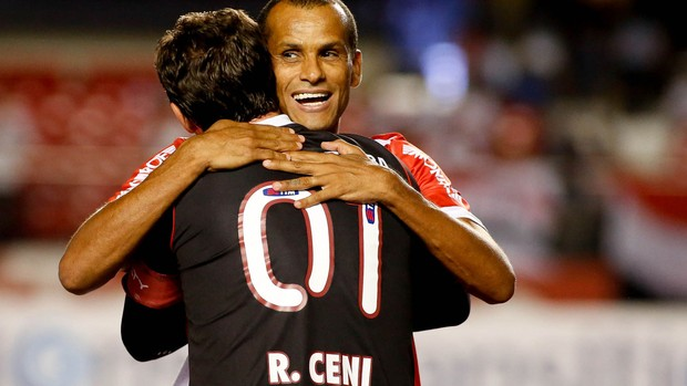 Rivaldo e Rogerio Ceni, São Paulo x Mogi Mirim (Foto: Rodrigo Coca/Agência Estado)