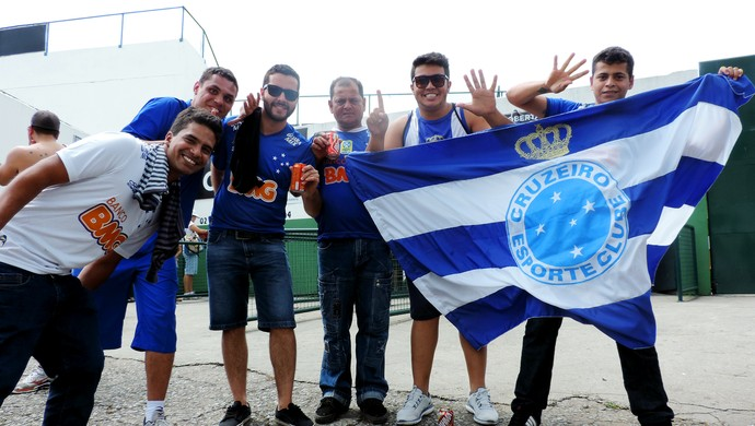 Figueirense x Cruzeiro - orlando scarpelli torcedores (Foto: Renan Koerich)