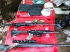 Polícia apreende armas de guerra durante operação em Cubatão, SP
