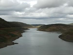 Barragem de Jucazinho (Foto: Paula Cavalcante/ G1)