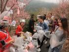 Moradores vendem saco com 'ar puro' na China