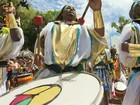 Com roupas de faraó, Olodum puxa trio sem cordas no Campo Grande
