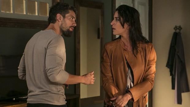 Sol Nascente: Carol revela que está grávida de César ( Inácio Moraes / Gshow)